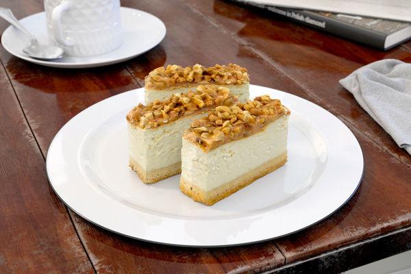 cake 10 AM151 Image 1