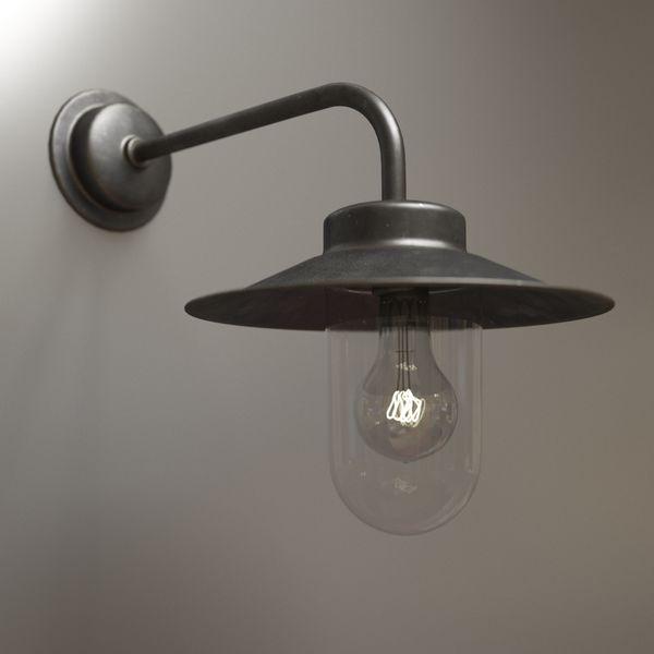Exterior metal lamp